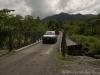 Unser SUV auf der Brücke über den Rio Agua Caliente