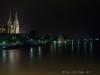 Blick von der Eisernen Brücke bei Nacht