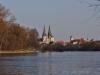 Donau, Blick zur Altstadt mit Dom und Rathausturm