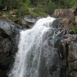 Zweite Felsstufe oberhalb des unteren Wasserfalls