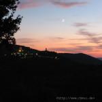 Der Mond über Civitella in Val di Chiana